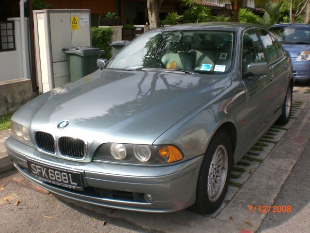 Bmw520ia/4 DR used car