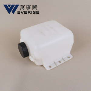 Engine Coolant Water Tank Water Reservoir Overflow Bottle Coolant Expansion Tank