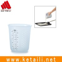 Silicone measure stir and pour measuring cups
