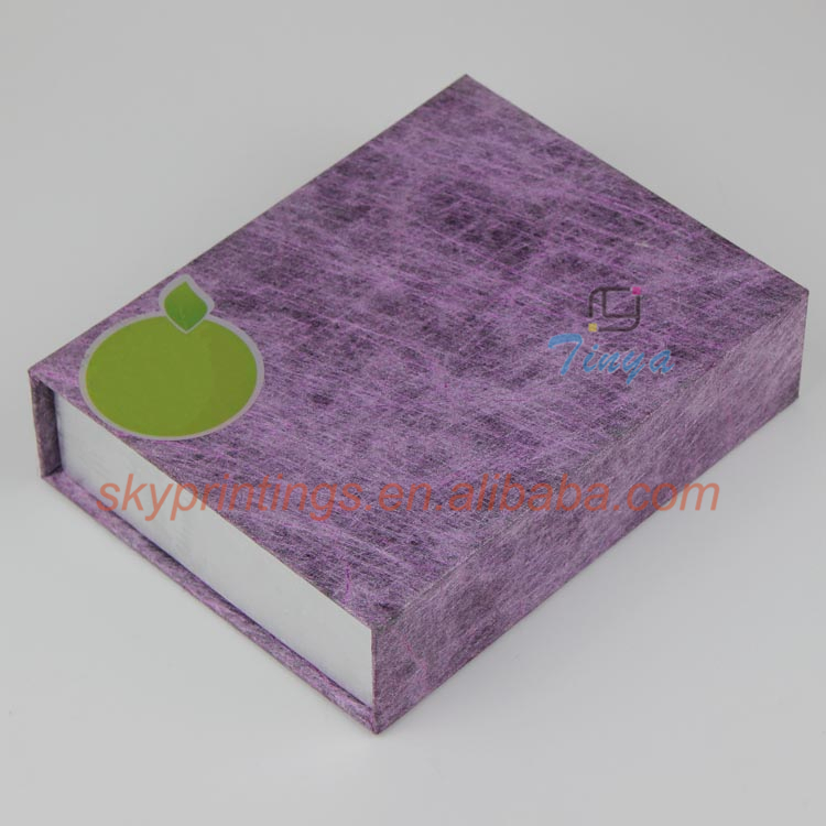 custom cardboard gift boxes with hinged lid