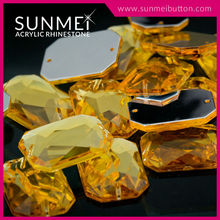 Free Sample Acrylic Plastic Gems for Clothes