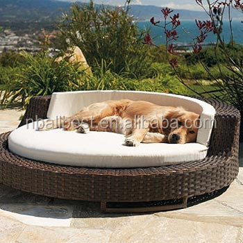 Hotsale wicker rattan dog cat pet cages pet house and pet accessories