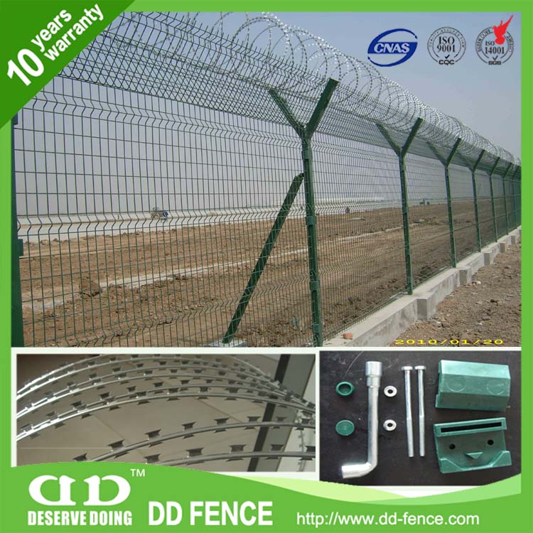 Welded Mesh Fence For Airport / Nylofor 3D Security Fence