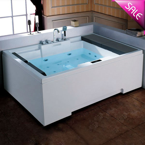 Hot sale water massage bathtub for old people and disabled people
