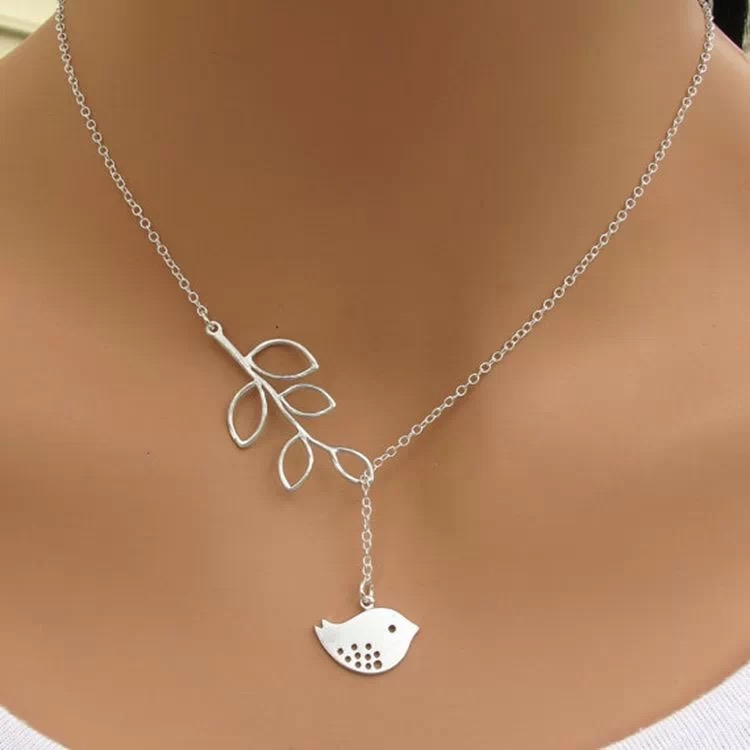 Free shipping ultra low discount fashion silver bird leaves chain women pendant <strong>necklace</strong>