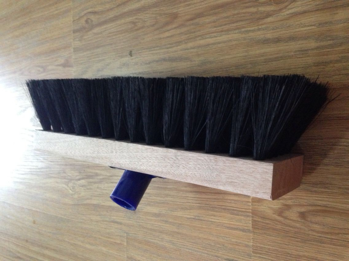high quality copper steel wire brush/ grinding abrasive brush/ wooden broom handle