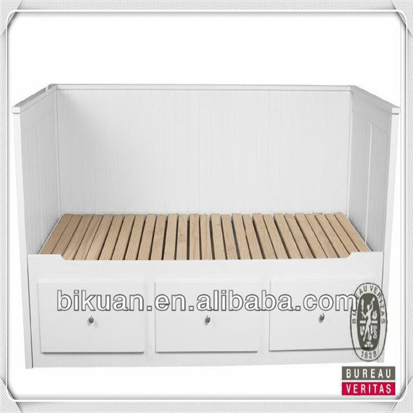 Cheap latest wood column bed