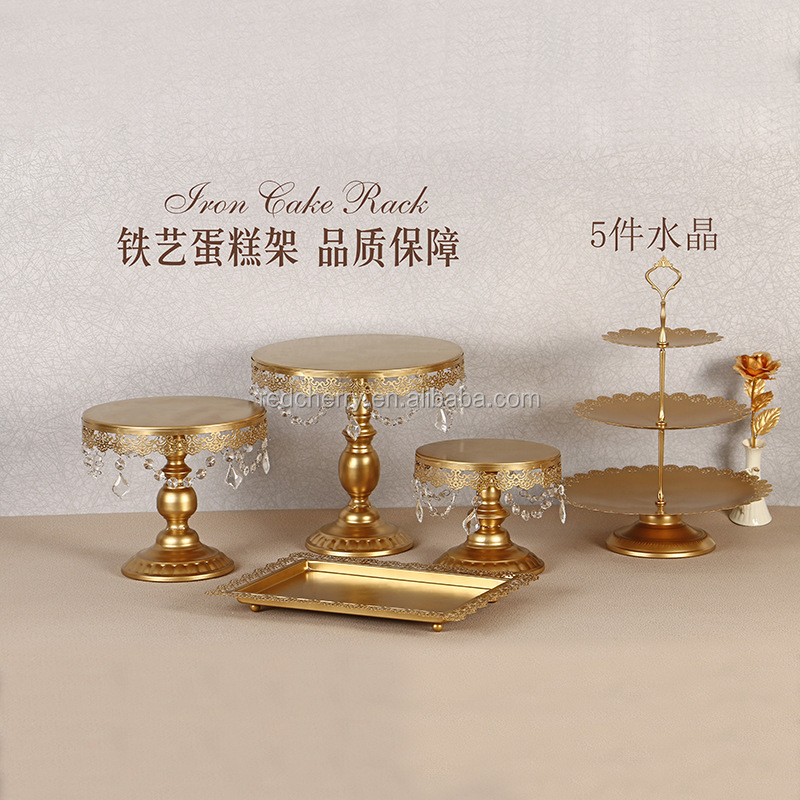Wholesale new European style 5pcs set crystal cake stand metal golden wedding cake stand