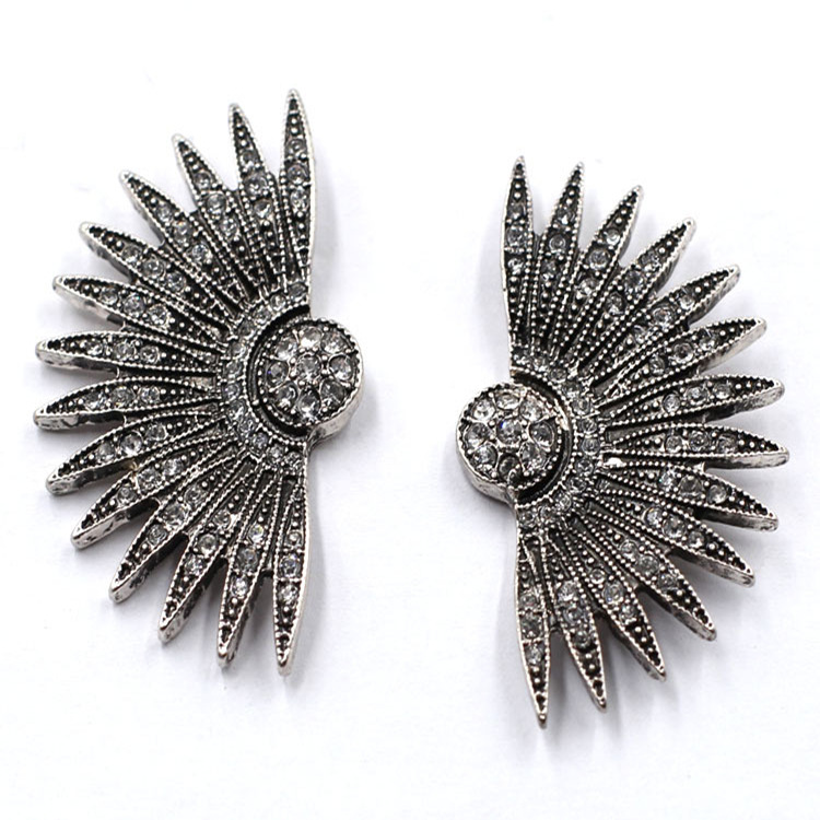 Fashion Popular Fan-shaped Half Circle Hedgehog With Diamond Stud Earrings