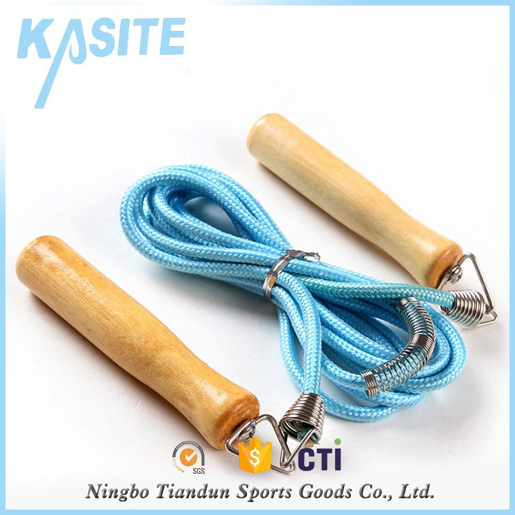 <strong>L</strong> 2.7m*5mm Fast Speed Wooden Handle Jump Rope