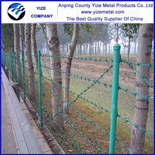China manufacturers galvanizedbarbed wire fenceing prices cost of roll