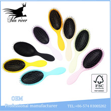 Fashon plastic wet hair brush with strong nylon pins