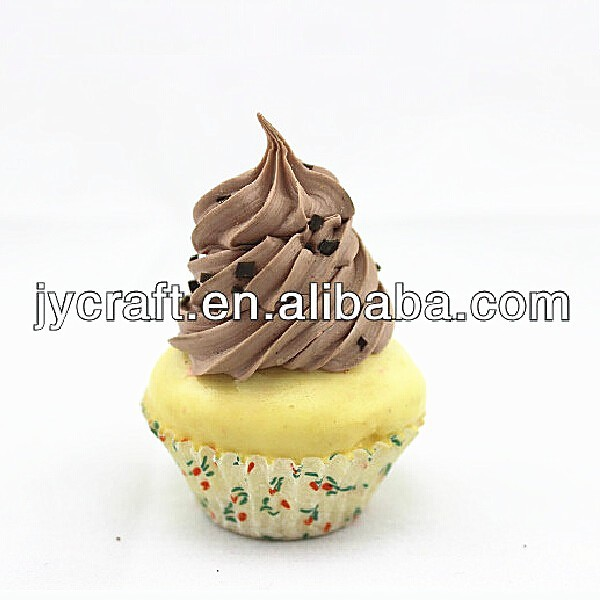 high quality plastic toys for decorating cakes