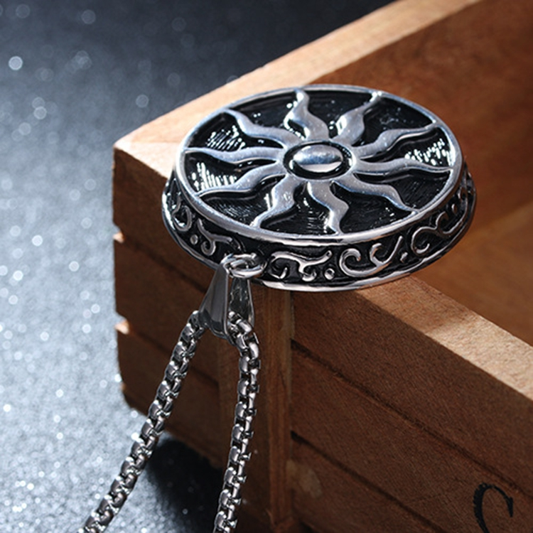 Stainless Steel Round Tyre Shaped Mens Gift Engraved Sun Flower Necklace Jewelry Wholesale