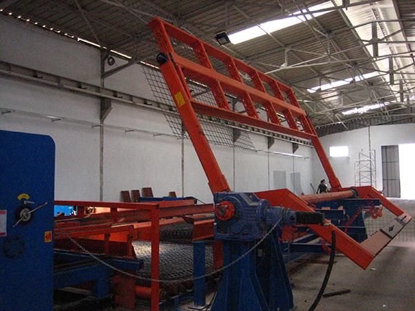 mesh turning system for steel mesh welding line.jpg