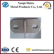 Metal Material and Table Use structural steel brackets