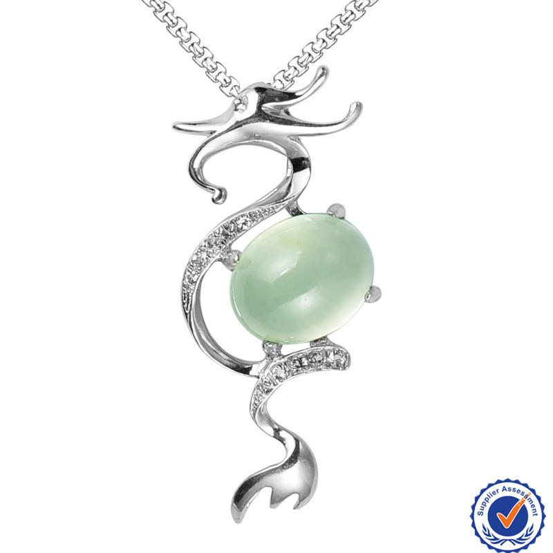 'Chinese Dragon Shaped 925 Sterling Silver Charm Pendant with Prehnite