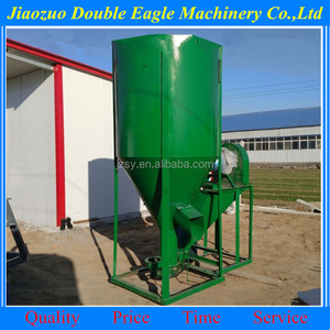 Industrial 1000 kg per hour animal feedstuff vertical crushing and mixing machine