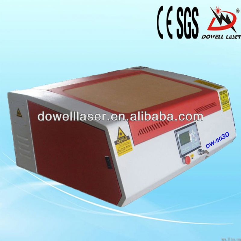 second hand laser engraving machine for engraving or cutting leather,mdf,wood,acrylic