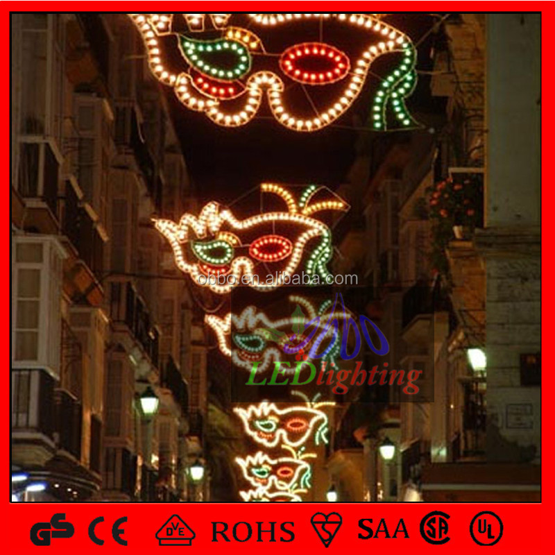 Holiday lighting Red lip motif lights for street decoration