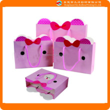 Lovely image of the pink paper gift packaging bag Custom logo