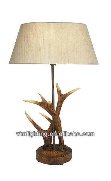 Modern harz hirsch anlter tischlampe kronleuchter for Lampe geweih modern