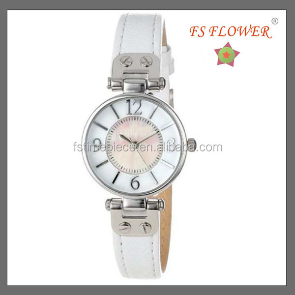 South Korea Marketing Small Size White Screw Leather Strap Watches From China Vogue Ladies Watches