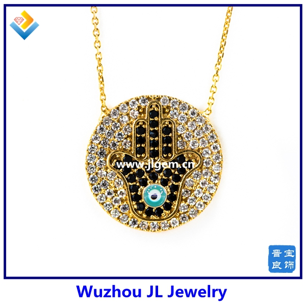 2017 Hot Sale Style 18K Gold Plating Round Shape With Hamsa Hand In Turkish Blue Eye Decorative Tin Alloy Pendant Necklace