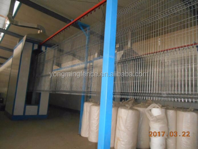 Applied widely safety curved welded wire fence/powder coated 3D wire mesh fence