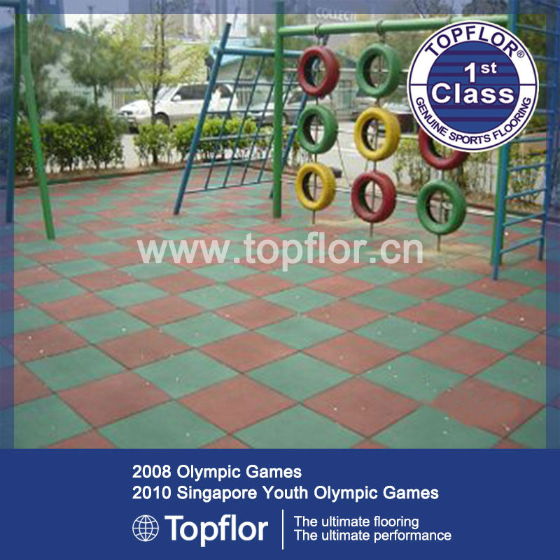 Athletic rubber sports floor tiles for outdoor use