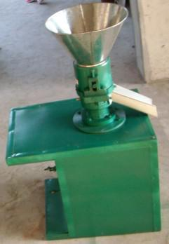 HHD Diesel engine animal feed pellet machine for chicken,cattle,sheep,pig,cat,rabbit,fish