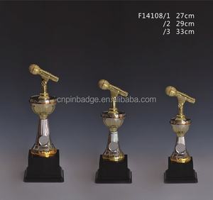 Custom gold Voice awards / Music theme gradient ramp trophies / plastic microphone shape trophy cups