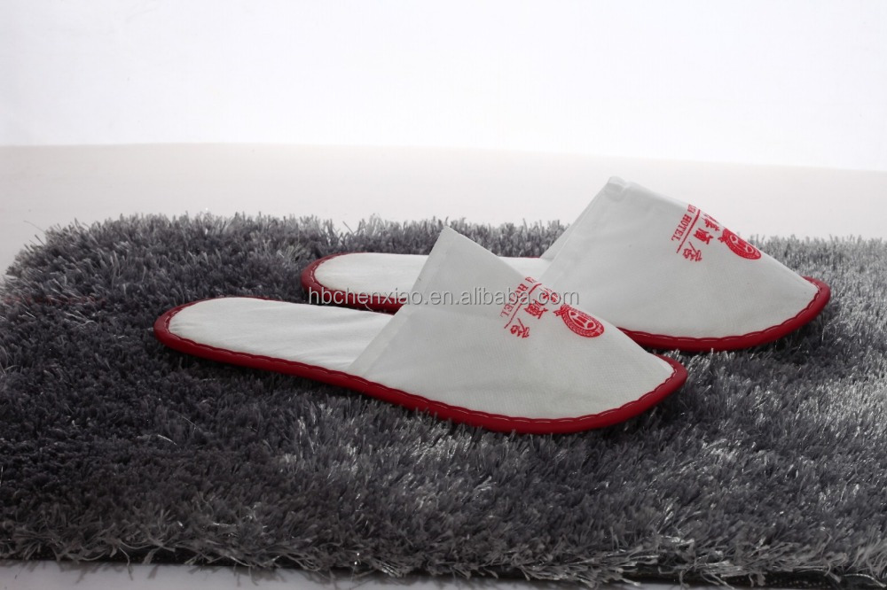 cheapest colorfull piping Close Toe disposable Non Woven Hotel Slippers with Printing Logo