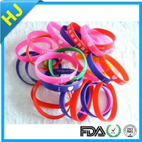 promotional gifts rubber silicon bracelet/custom silicon wrist band/silicon wristband