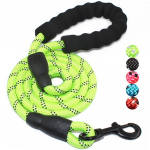 Wholesale round reflective nylon big dog leash rope for running