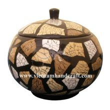Quality eco-friendly handcrafted vietnamese lacquer jar in black & inlaid with burnt eggshell