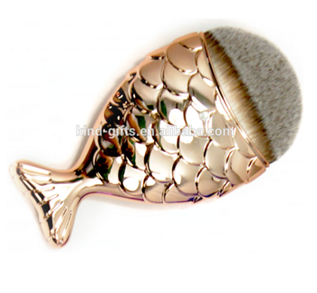 Unique design diamond decoration Beauty Needs Brushes Cosmetic Oval Fish Shape Makeup Brush