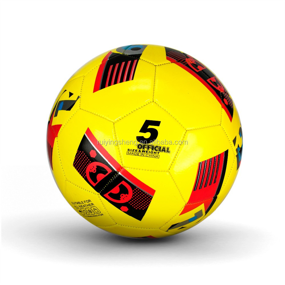 2018 new design machine stitched pvc soccer ball