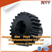 All steel spur gear with hub