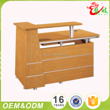 China Professional Supplier Wholesale Newest Design Cheap Wood Small Front Office Desk Reception Table