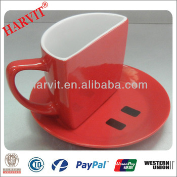 China Supplier Ceramic Gift Mugs/Personalized Smiling Face Cup / Wholesale Cups And Saucers