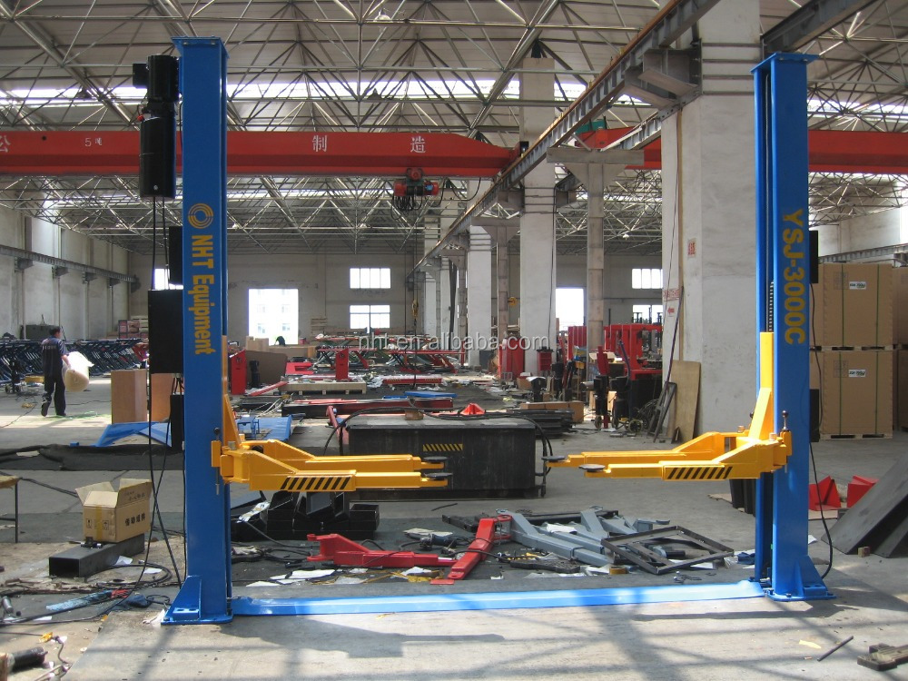 Direct Factory Price High Quality CE ISO Hydraulic Electric Two Post Car Lift Auto Hoist