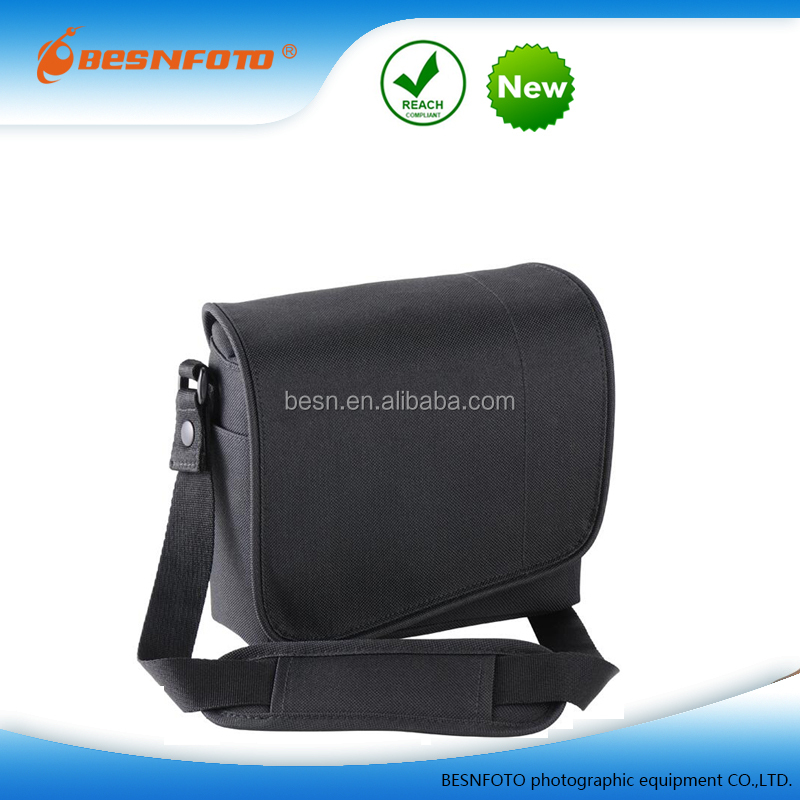 2017 High Quality Black 600D Polyester Water-repellent Camera Messenger Bag