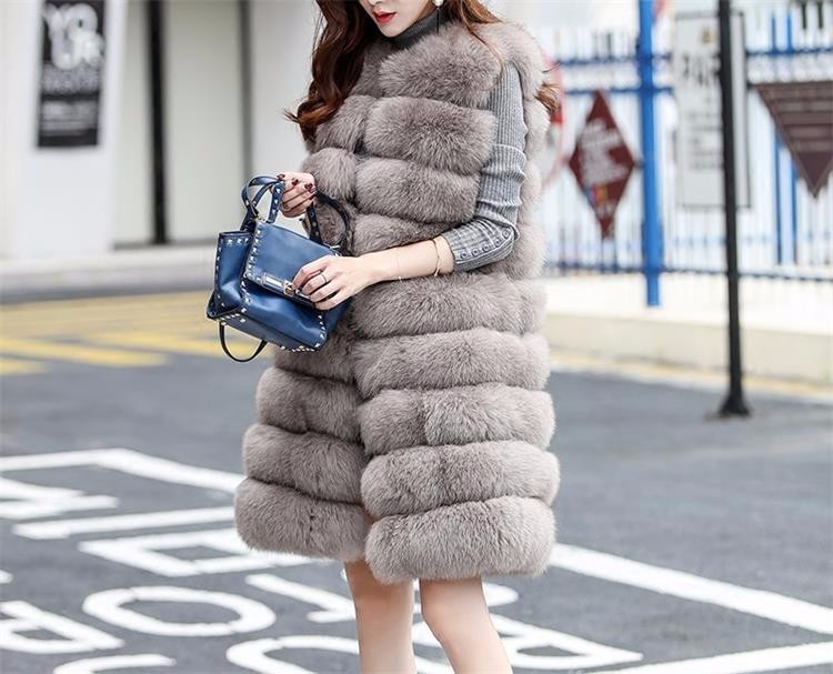 Factory wholesale fashion new style natural color women's winter clothing real fox fur vest /genuine fox fur gilet from China