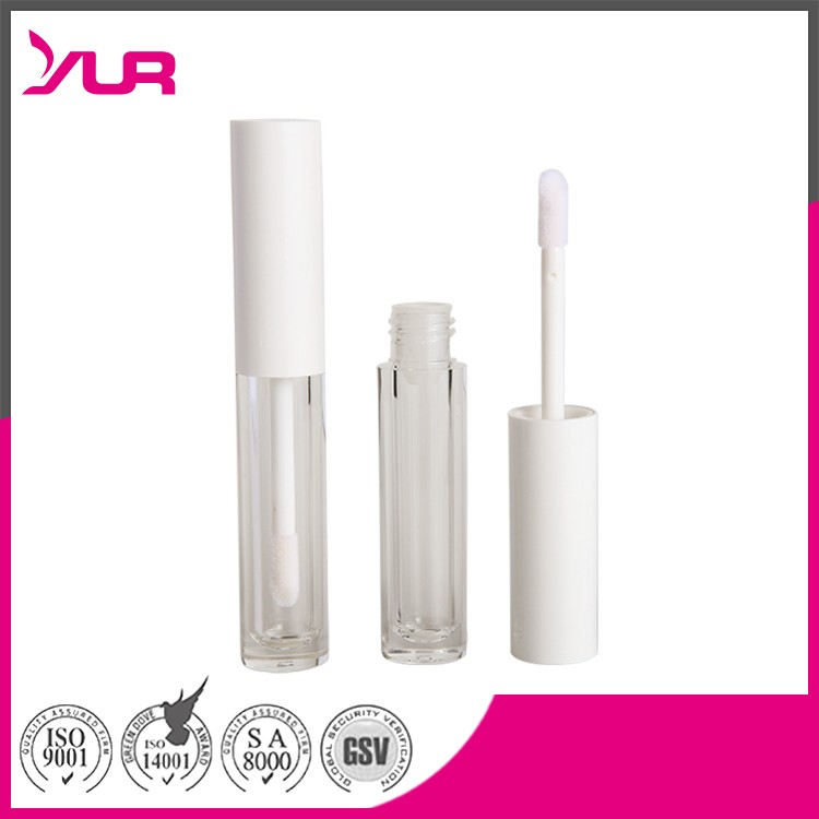 Clear lip gloss containers with applicator