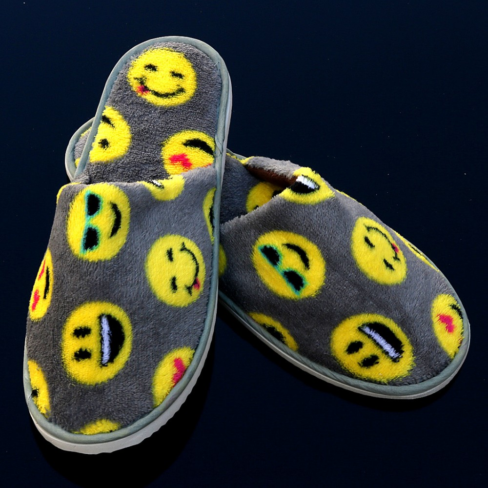 Fashion Design Indoor Plush Emoji Slipper/Disposable Slippers For Hotel