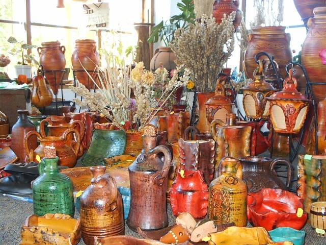 Romanian Traditional Pottery