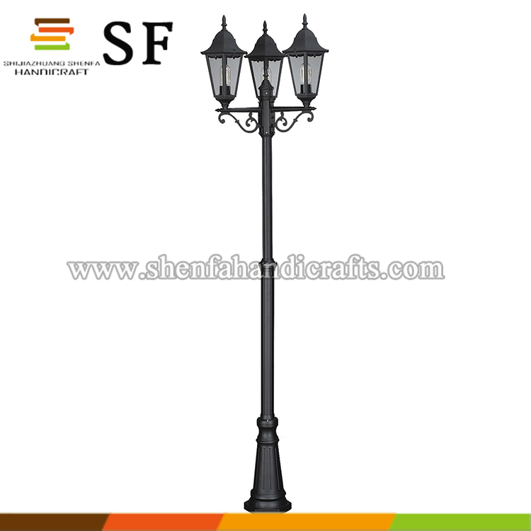 China Factory Used Cast Iron Street Light Pole
