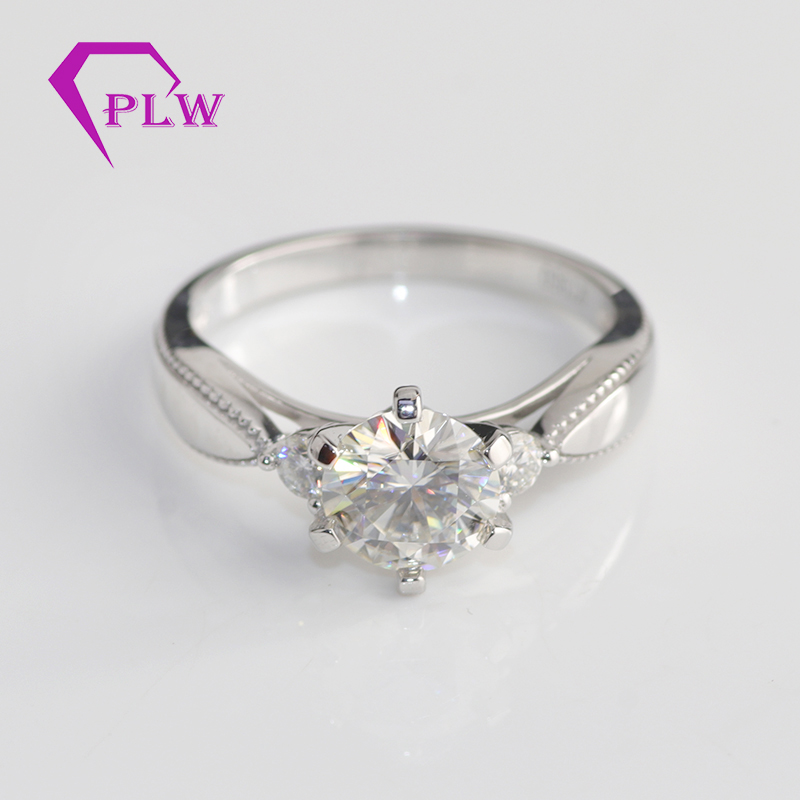 customized six claw prong setting 14K 18k white gold moissanite engagement <strong>rings</strong> 1 carat D color moissanite wedding <strong>rings</strong>
