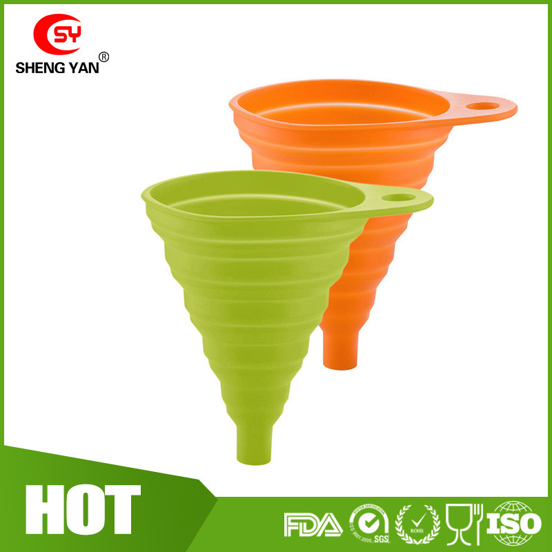 Beautiful And Portable Mini Kitchen Silicone Collapsible Folding Foldable Funnel